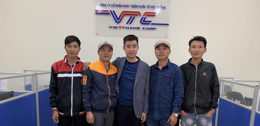 Hình ảnh các lao động xuất cảnh đi lao động - công ty Việt Thắng 6