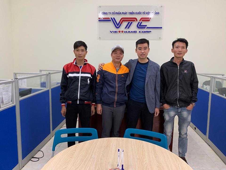 Hình ảnh các lao động xuất cảnh đi lao động - công ty Việt Thắng 7